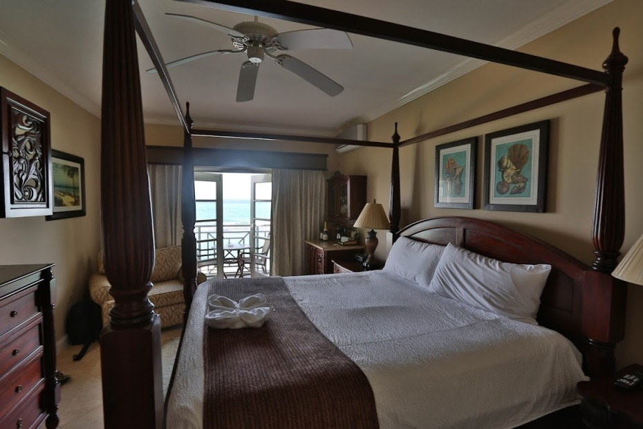 Our amazing room, overlooking the crystal clear Jamaican waters